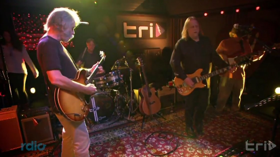bob-weir-warren-haynes-tri-studios-i-know-you-rider-2014