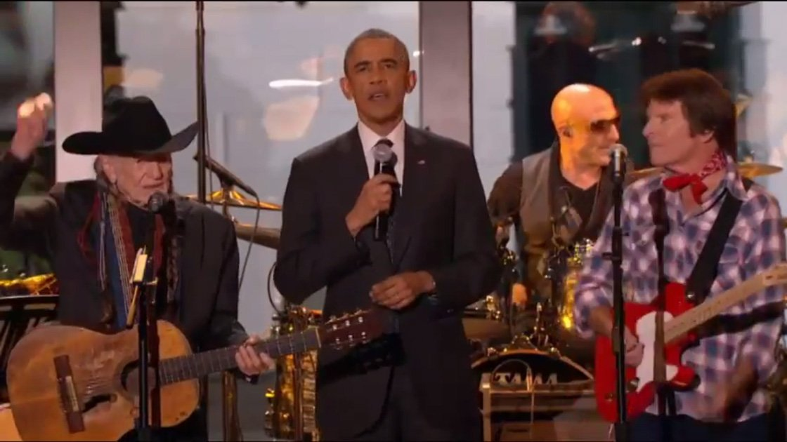 on-the-road-again-barrack-obama-willie-nelson-2014