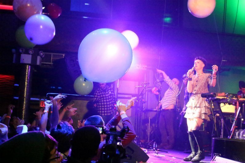 rubblebucket-stage-48-2014-balloons