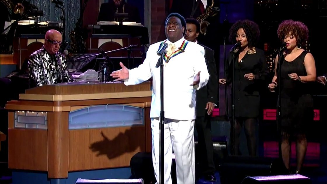 al-green-late-show-with-david-letterman-singing-2014
