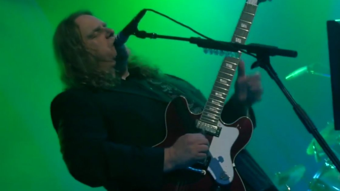 "image for article ""Fearless"" - Gov't Mule (Pink Floyd Cover) in Boston 10.31.2008 [YouTube Video]"
