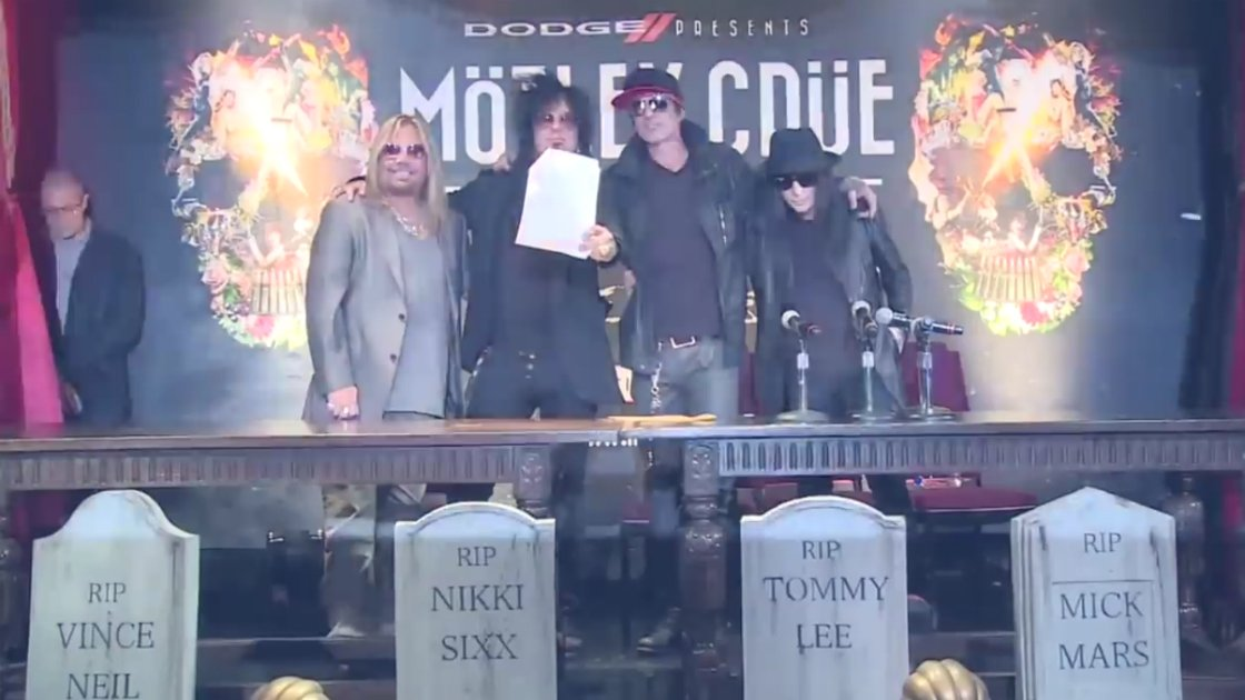 motley-crue-all-bad-things-music-video-band