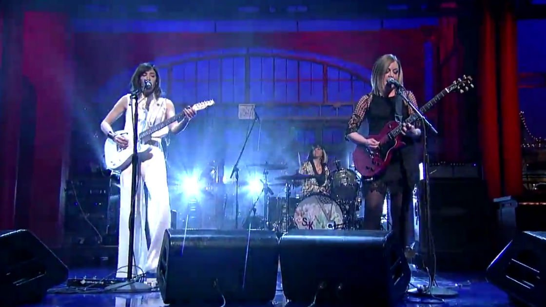 sleater-kinney-live-a-new-wave-david-letterman