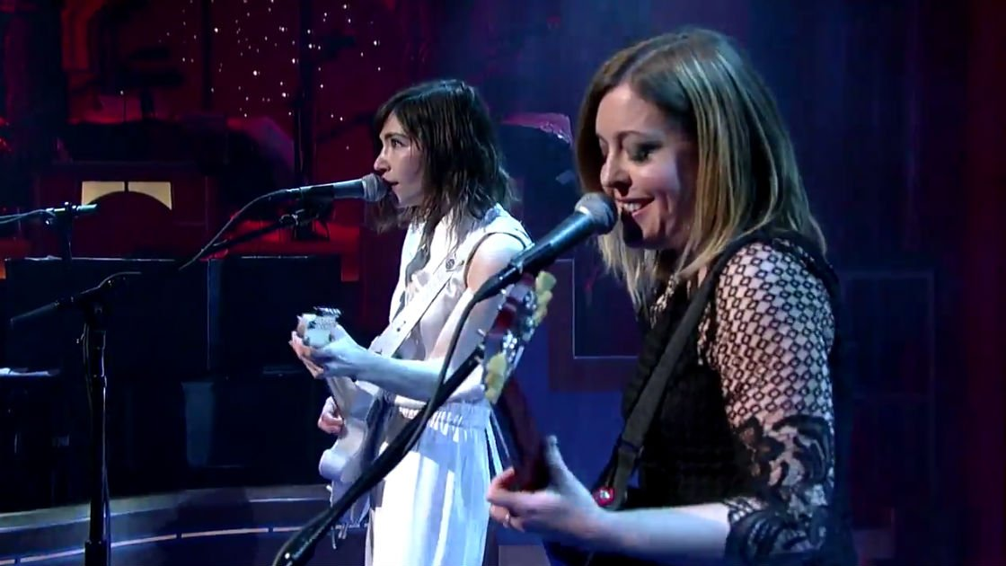 "image for article ""A New Wave"" - Sleater-Kinney on The Late Show With David Letterman 1.15.2015 [YouTube Video + Lyrics]"