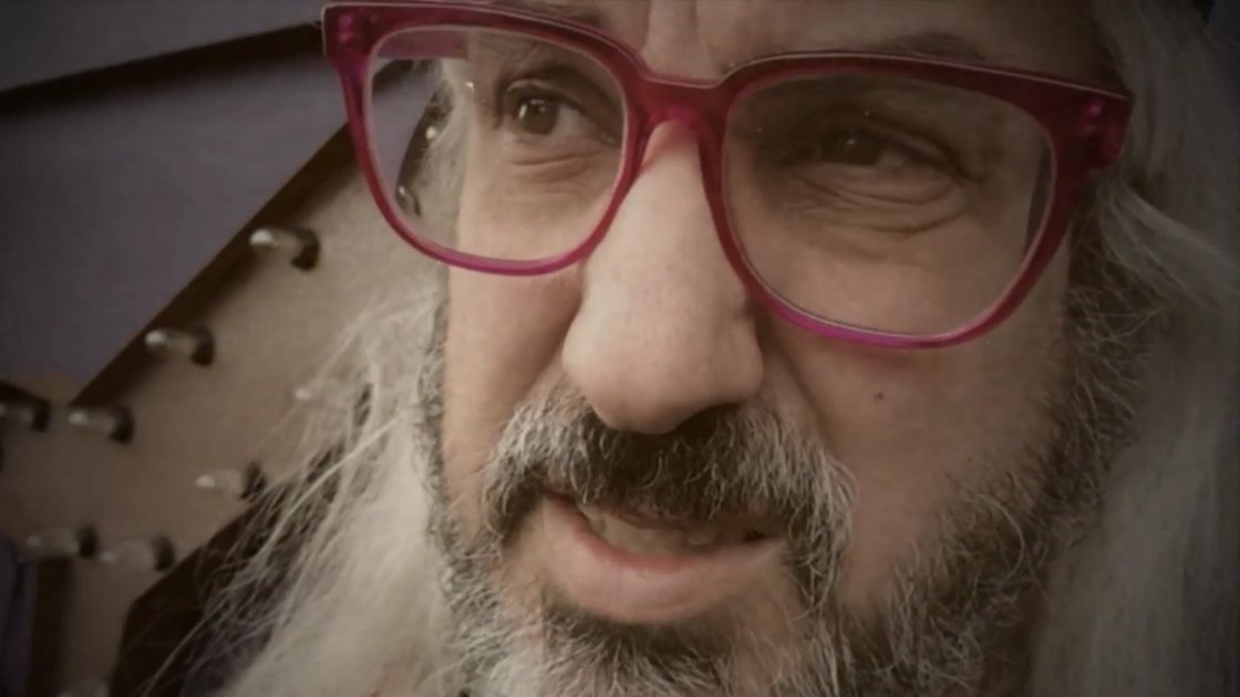 sleater-kinney-no-cities-to-love-music-video-j-mascis-singing