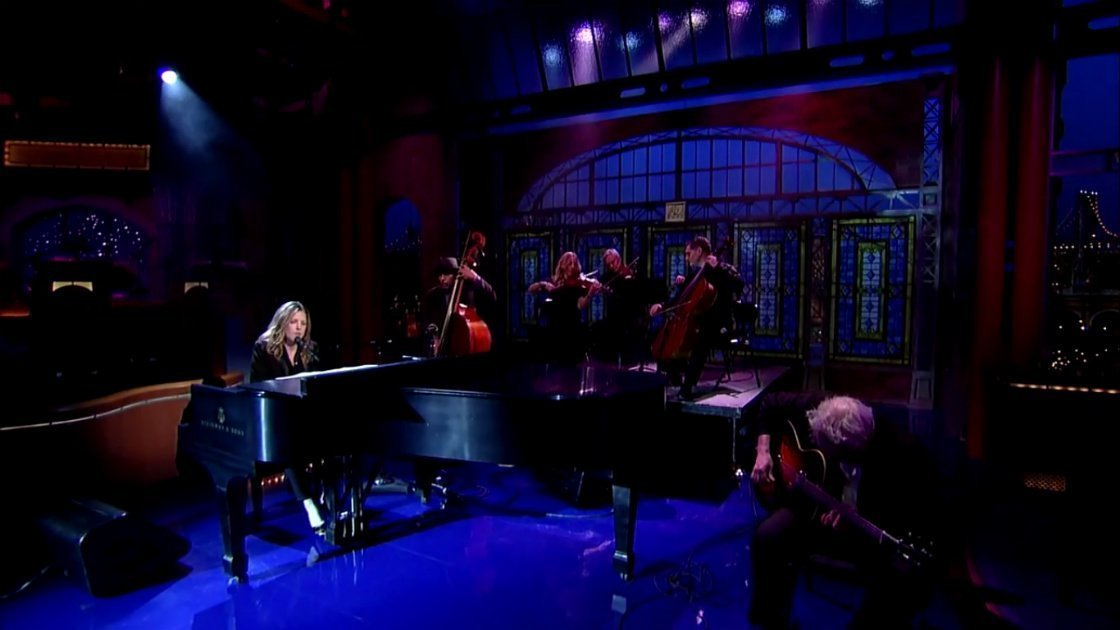"image for article ""Wallflower"" - Diana Krall on Letterman 2.3.2015 (Bob Dylan Cover) [YouTube Official Video + Lyrics]"