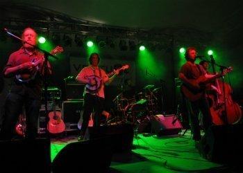 railroad-earth-band