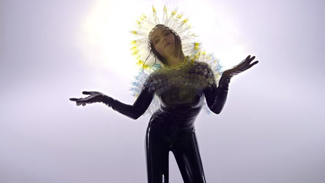 "image for article ""Lionsong"" - Björk [YouTube Official Music Video + Lyrics]"