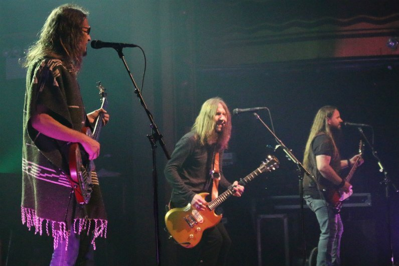 blackberry-smoke-band-2-webster-hall-nyc-2015