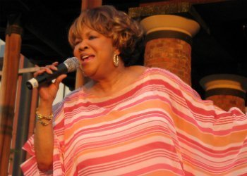 image for artist Mavis Staples