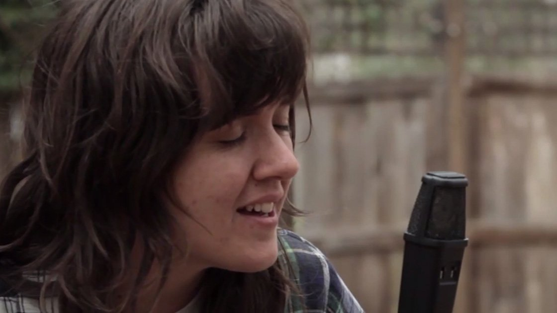 "image for article ""Depreston"" & ""Elevator Operator"" - Courtney Barnett in Austin, TX on March 17, 2015 [YouTube Official Video]"