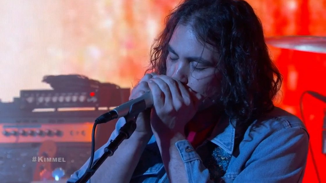 image for article The War On Drugs Performances on Jimmy Kimmel Live on Apr 13, 2015 [Official Videos]