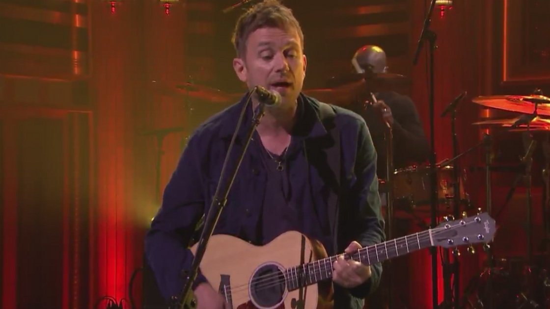 "image for article ""Ong Ong"" - Blur on The Tonight Show Starring Jimmy Fallon Apr 30, 2015 [Official Video]"