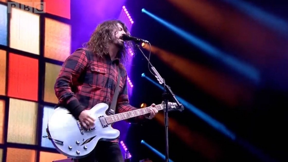 dave-grohl-bbc-radio-1-big-weekend-2015-youtube-video
