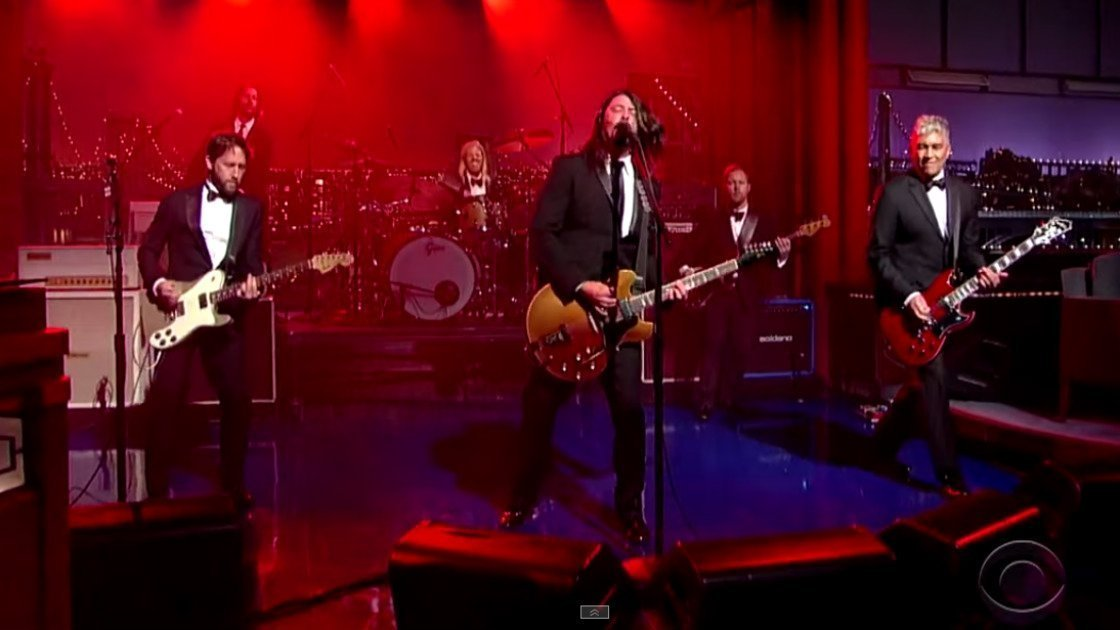 "image for article ""Everlong"" - Foo Fighters on David Letterman's Final Episode May 20, 2015 [YouTube Video]"
