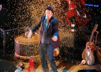 image for artist Tom Waits