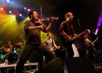yellowcard-tour-dates-music-news
