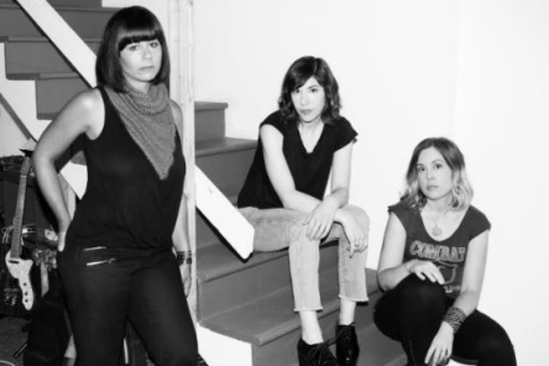 image for article Sleater-Kinney Announce December 2015 Tour Dates: Ticket Pre-Sale Codes & Info