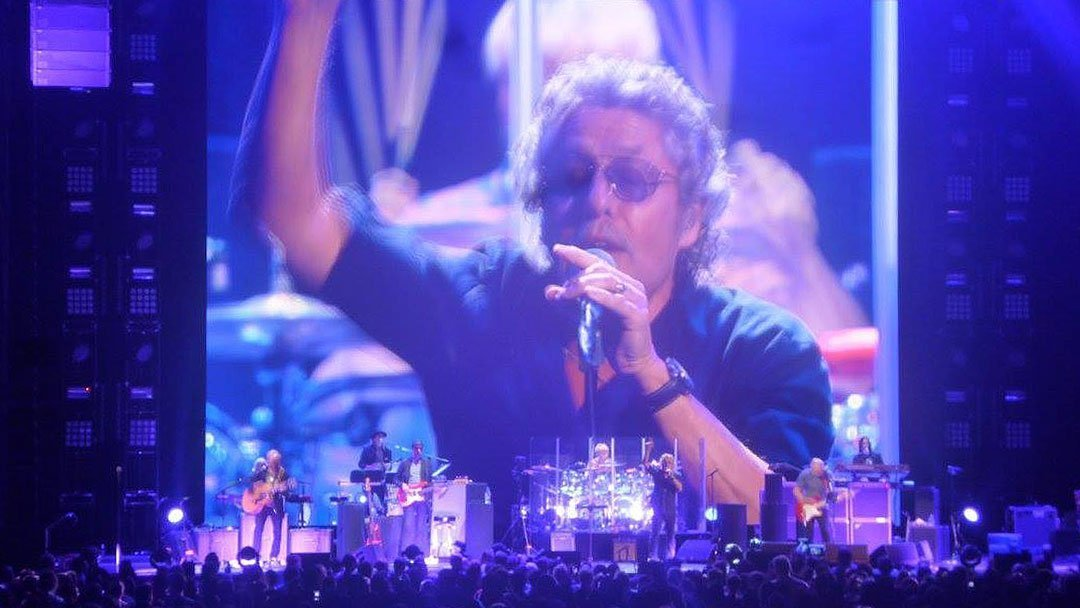 the-who-barclays-center-2015-roger-daltry-singing