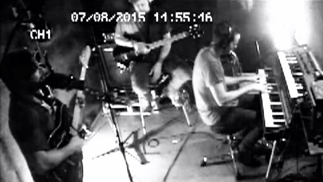 "image for article ""London Thunder"" - Foals CCTV Session at Studios La Fabrique in France [YouTube Official Video]"