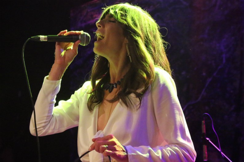 image for article Nicki Bluhm & The Gramblers and Andrew Combs Wowed The Crowd at Bowery Ballroom in New York City on August 28, 2015 [Zumic Review + Photos]