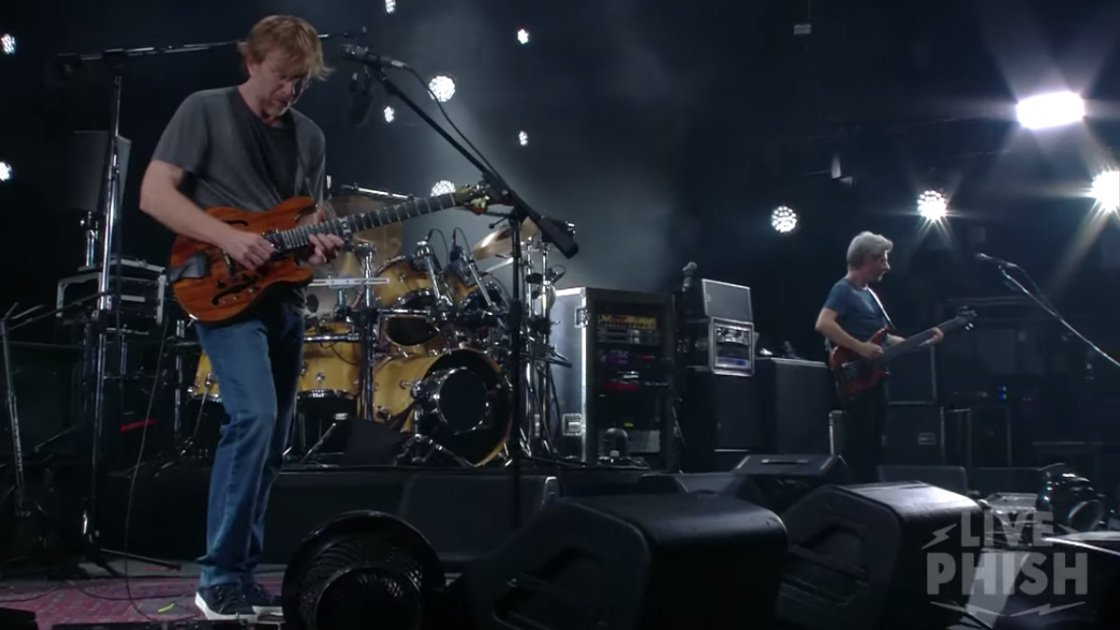 "image for article ""Kill Devil Falls"" - Phish at Aaron's Amphitheatre at Lakewood in Atlanta, GA on July 31, 2015 [YouTube Official Video]"