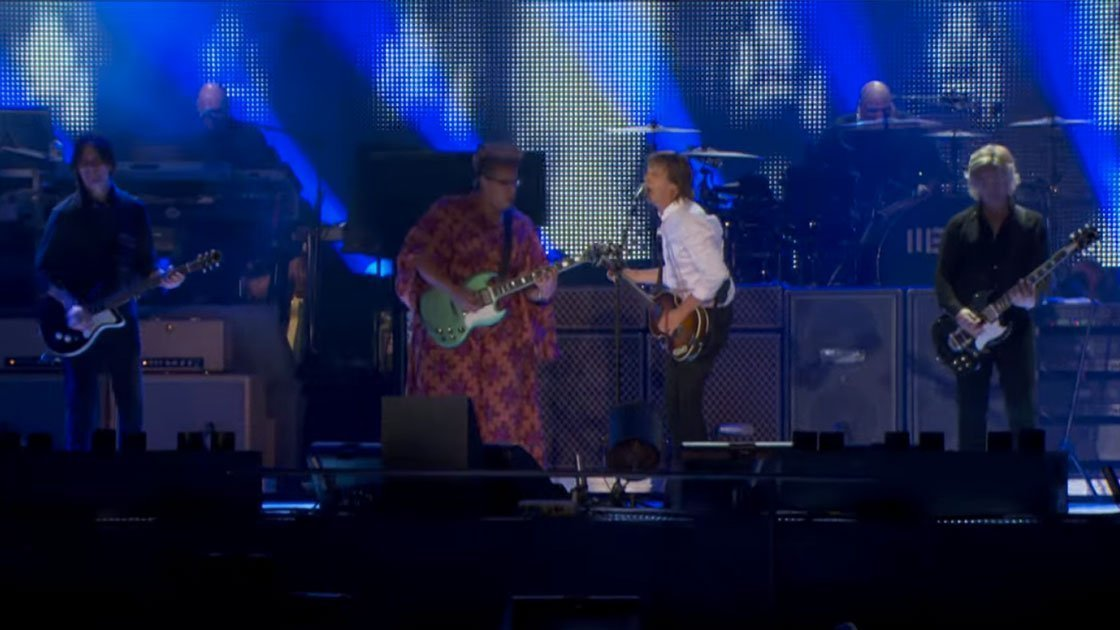 "image for article ""Get Back"" - Paul McCartney ft Brittany Howard at Lollapalooza in Chicago on July 31, 2015 [YouTube Official Video]"