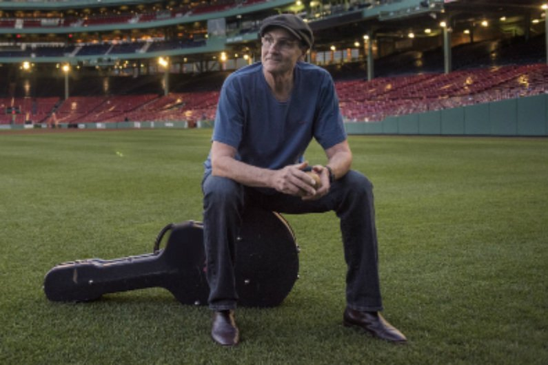 image for article James Taylor Announces 2016 Tour Dates With Jackson Browne: Ticket Presale Info