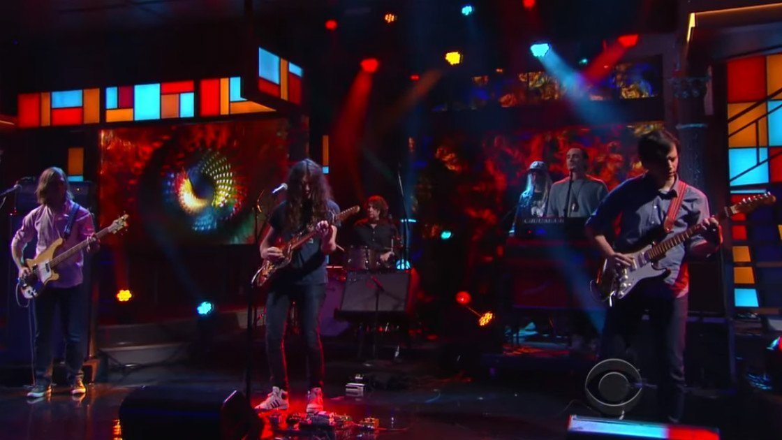 "image for article ""Pretty Pimpin'"" - Kurt Vile ft J. Mascis on The Late Show Dec 9, 2015 [YouTube Official Video]"