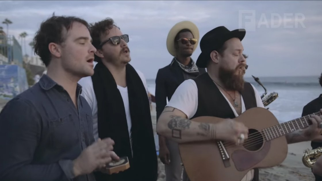 "image for article ""Look It Here"" - Nathaniel Rateliff & The Night Sweats at San Diego's Trestles, 2015 [Fader YouTube Video]"