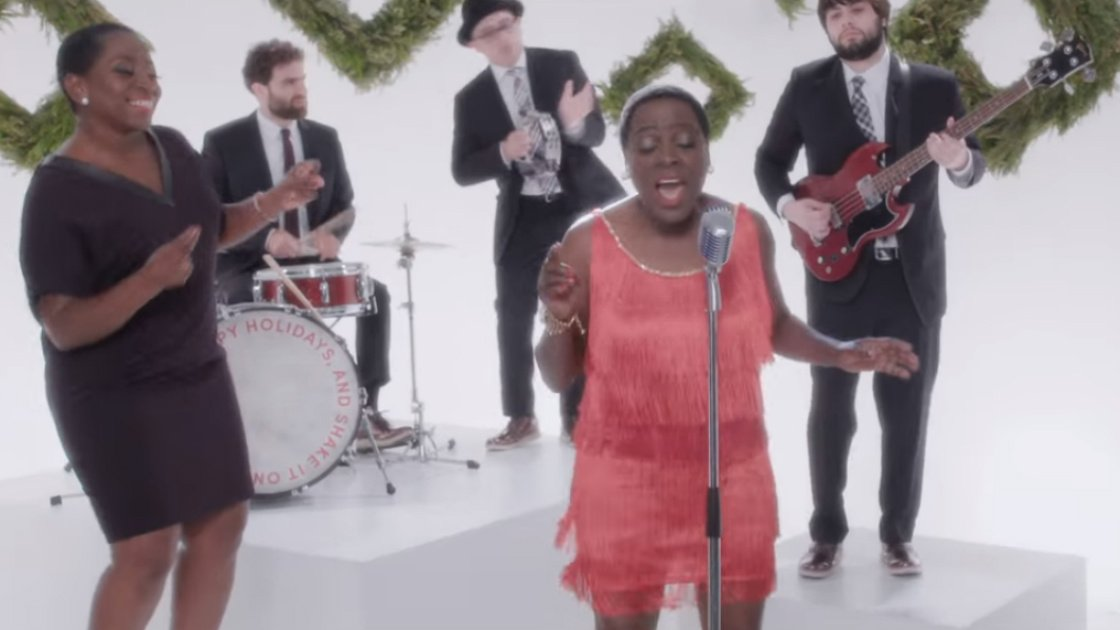 white christmas sharon jones the dap kings irving berlin cover youtube official music video zumic free music streaming concert listings - Youtube White Christmas
