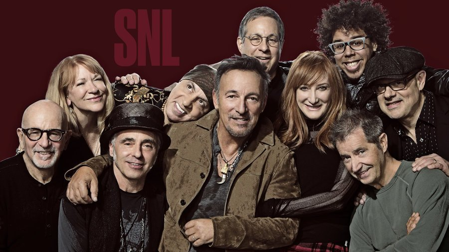 image for article Bruce Springsteen & Paul McCartney Performed Together on Saturday Night Live December 19, 2015 [YouTube Official Videos]
