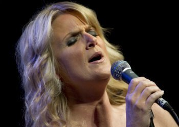 image for artist Trisha Yearwood