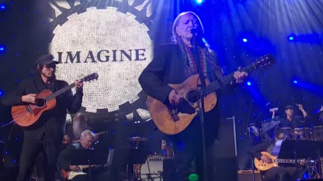 image for article Highlights From John Lennon 75th Birthday All-Star Tribute Concert at MSG in NYC on December 5, 2015 [AMC YouTube Official Videos]