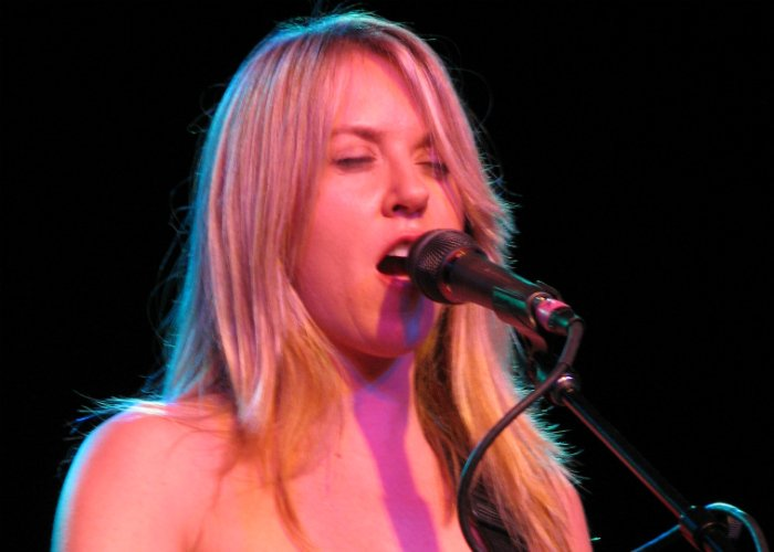 image for artist Liz Phair