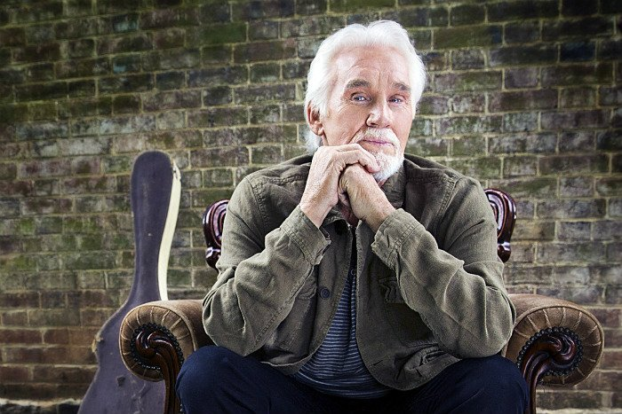 image for article Kenny Rogers Announces 2016 'Final' World Tour Dates: Tickets On Sale Now