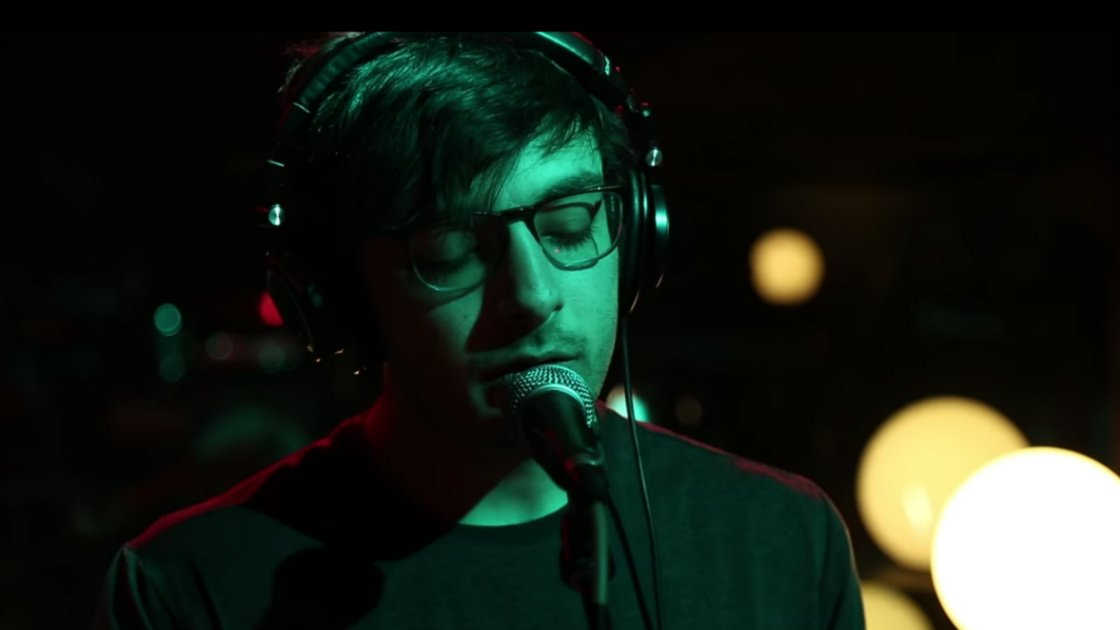 image for article Foxing Put on a Stunning Performance at Audiotree Live in Chicago on Mar 7, 2016 [YouTube Video]