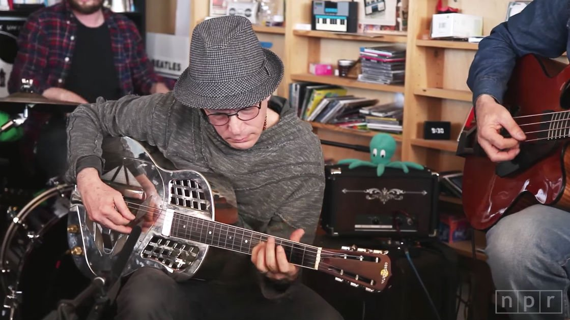image for article Watch Steve Kimock's Earthy Acoustic NPR Music Tiny Desk Concert [YouTube Video]