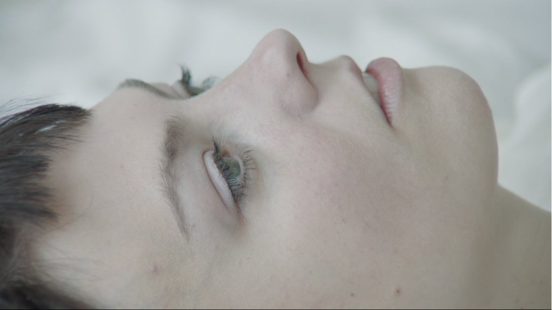 "image for article ""Sister"" - Angel Olsen [YouTube Music Video]"