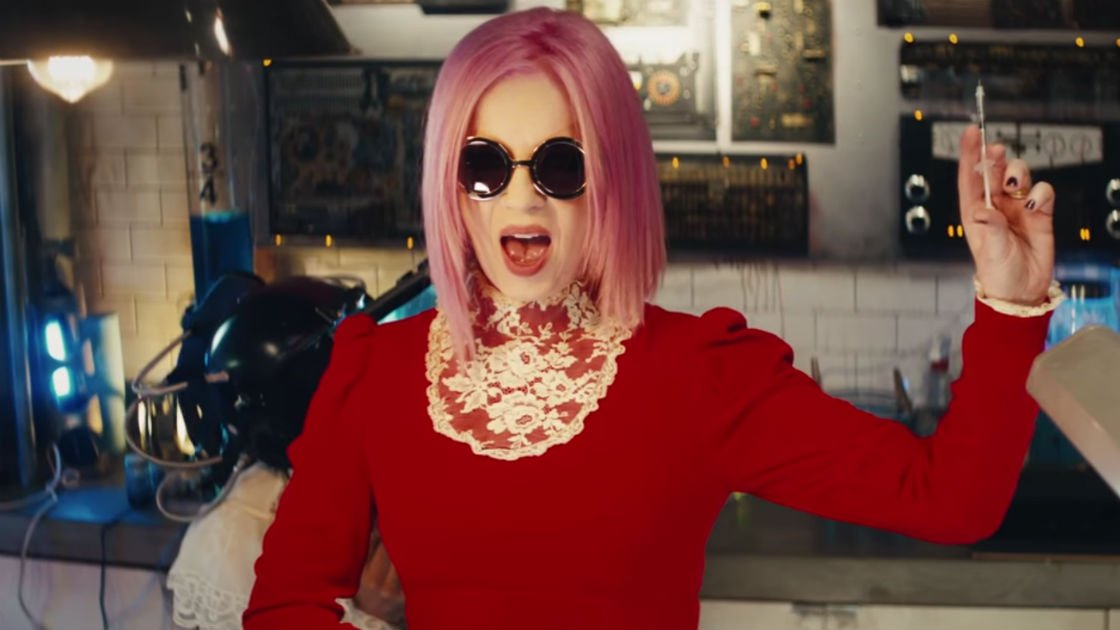 "image for article ""Magnetized"" - Garbage [YouTube Music Video]"