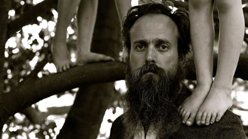 image for article Iron and Wine Extends 2018 Tour Dates: Ticket Presale Code & On-Sale Info