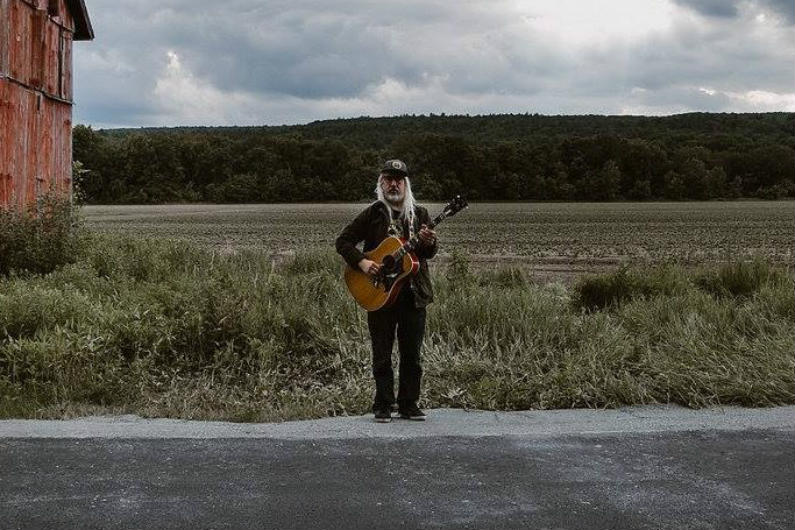 image for article J Mascis Plots 2018 Tour Dates: Tickets Now On Sale