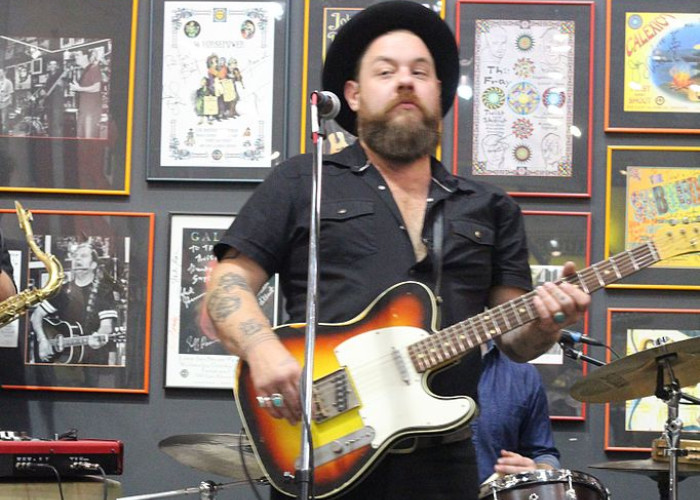 image for artist Nathaniel Rateliff