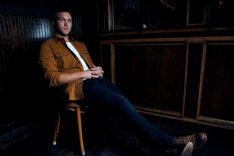 image for article Phillip Phillips Unveils 2018 'The Magnetic Tour' Dates: Ticket Presale Code & On-Sale Info