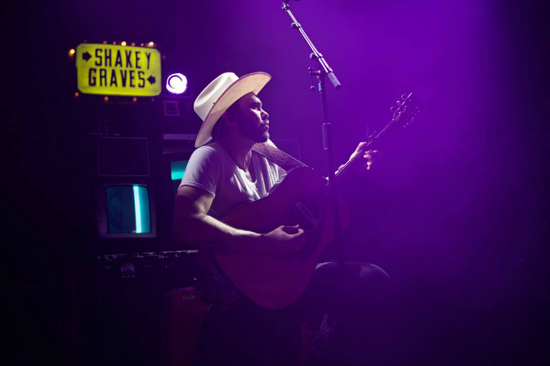 image for article Shakey Graves Extends 2018 Tour Dates: Ticket Presale Code & On-Sale Info