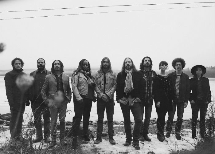 image for artist The Magpie Salute